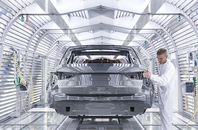 Audi Hungaria lakkozó üzem